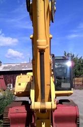 Продаем гусеничный экскаватор JCB JS 330 LC,  2, 2 м3,  2008 г.в.