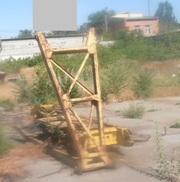 Продаем жесткий гусек 5 метров гусеничного крана МКГ-25БР